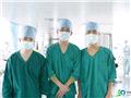 ICU里的三位男护士