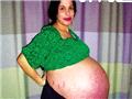 美国八胞胎妈妈共生14子 产后身材火辣首度亮相
