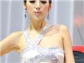 直击广州车展 百变表情女王教你如何摆POSE