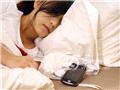睡觉恶习之电子设备不离身