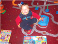 """四岁前,扎克一直是个""""正常小男孩"""",喜欢玩动力火车。"""