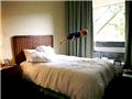 漂浮宝宝:摄影师妈妈让儿子飞上天