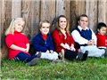 """现实版""""七个小矮人"""" 世界上最大侏儒家族"""