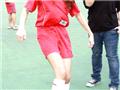 明星踢足球