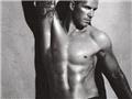 贝克汉姆成名后的肌肉写真秀3