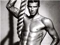 贝克汉姆成名后的肌肉写真秀4