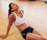 超强效猫背式瑜珈 助女性舒经解痛