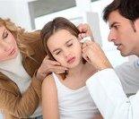 手术室的门关上了,爸爸妈妈的泪不约而同的流下来