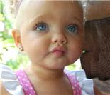 """史上最嫩名模:2岁成名的假""""洋娃娃"""""""