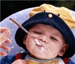 宝宝超滑稽吃相