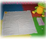 婴儿的三角尿布用法图解