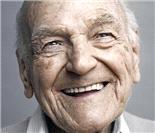 人像摄影:幸福不分年龄 百岁老人的面庞