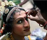 """揭秘印度""""神的舞者""""阉人的真实生活"""