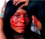 被现代文明威胁的印第安部落