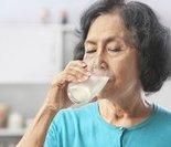 澳男子每天喝8公升可乐牙齿掉光